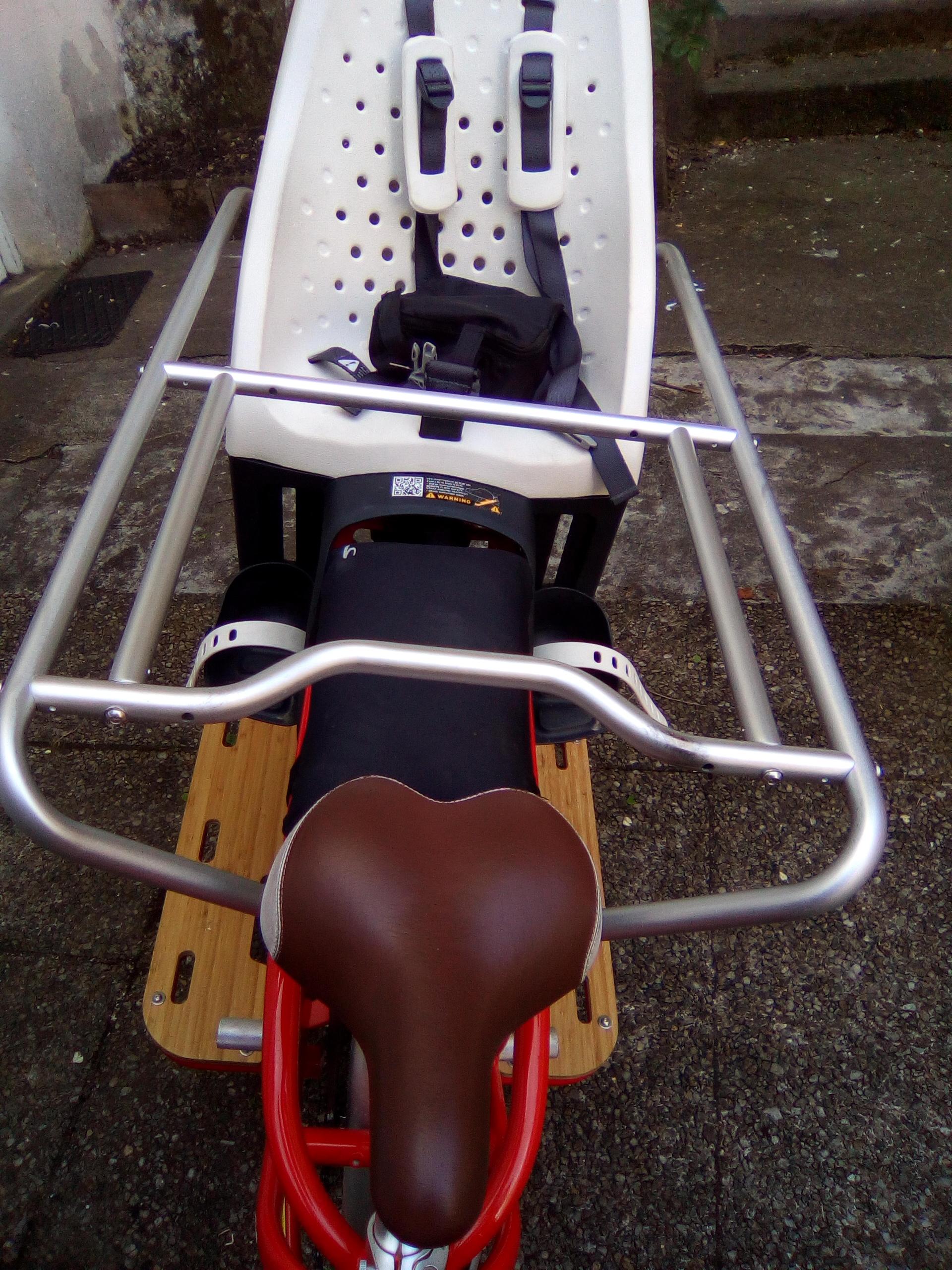 le longtail ou v lo rallong le v lo qui remplace une voiture collectif cycliste 37. Black Bedroom Furniture Sets. Home Design Ideas
