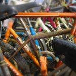 Dans le cadre de son activité d'économie circulaire (recyclage et réemploi de vélos et de pièces), le Collectif Cycliste 37 accepte les dons de vélos pour restauration et revente. ©CC37-photo Willy Granger