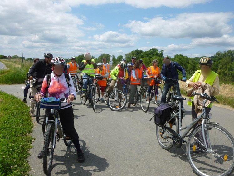 Balade à vélo organisée par le Collectif Cycliste 37.