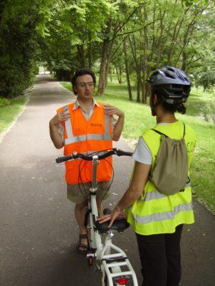 Un cours de vélo-école avec Fabien et Paula © Ville de Tours