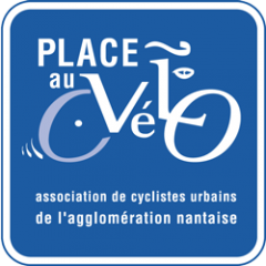 Cyclistes, attention aux piétons !