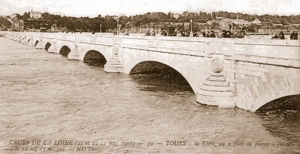 Crue de la Loire en octobre 1907.