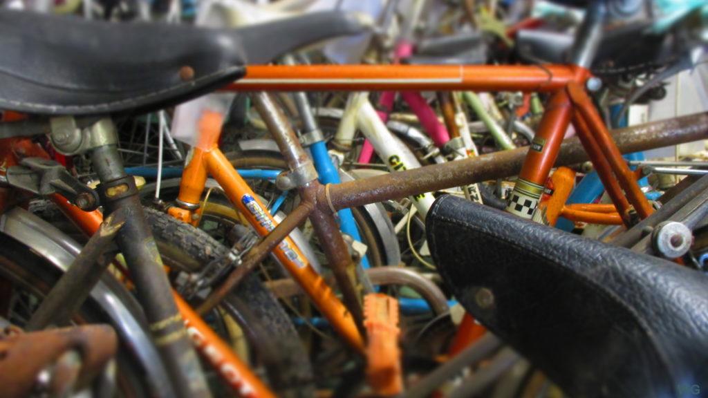 Dans le cadre de son activité d'économie circulaire (recyclage et réemploi de vélos et de pièces), le Collectif Cycliste 37 accepte les dons de vélos pour restauration et revente. @CC37