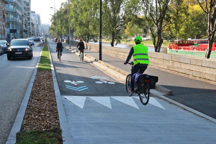 Illustration de ce que pourrait être un futur réseau express vélo à Tours