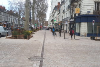 Avenue de Grammont, vue de l'angle avec la place Michelet à Tours. @CC37