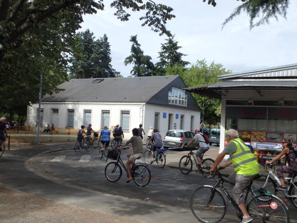 """Balade estivale : """"Le train à Tours, toute une histoire"""" @Collectif Cycliste 37"""