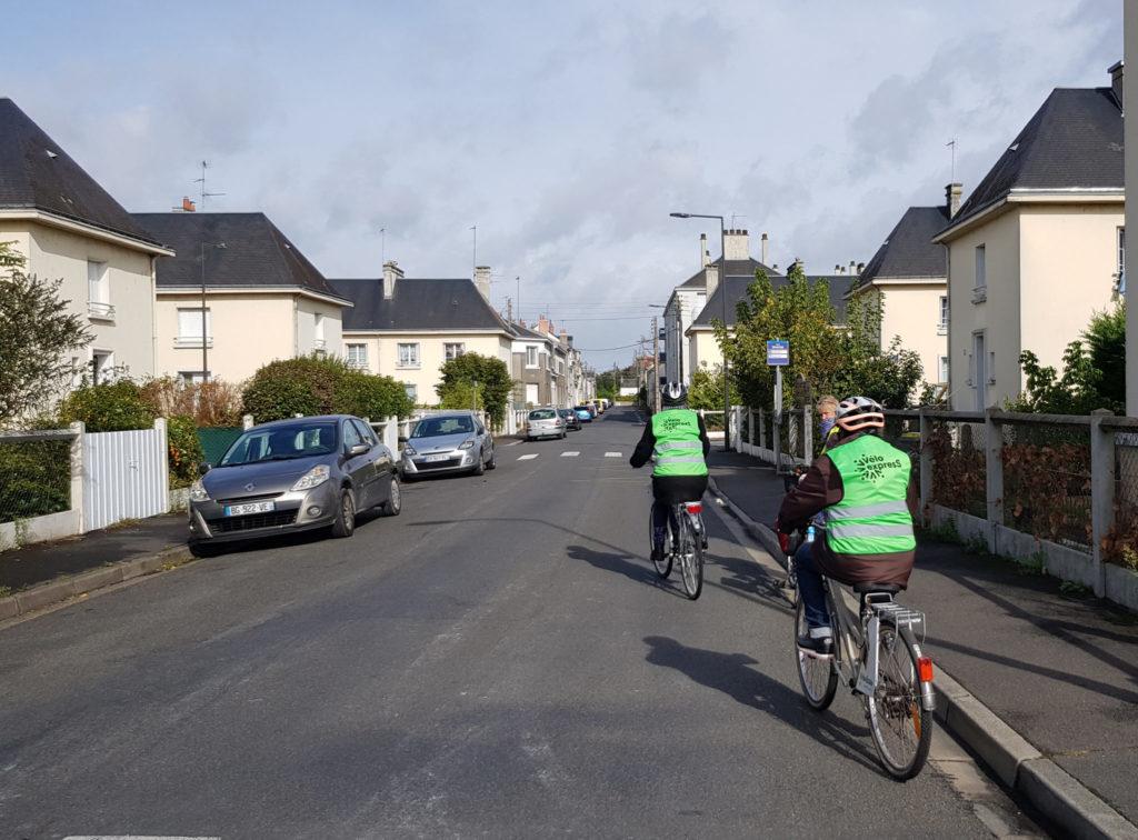 """""""Vélo expresS"""" : première session de formation vélo à Tours en octobre 2020. @Collectif Cycliste 37"""
