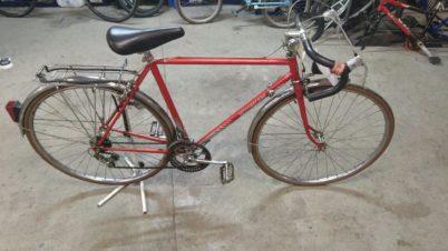 Vélo demi-course Motobécane rouge à 90€