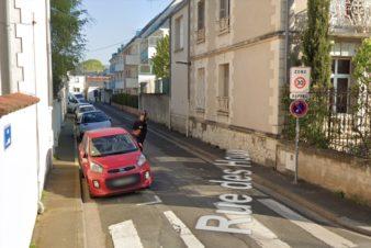 Tours, rue de la bourde, quartier Lamartine, est en double sens... motorisé !