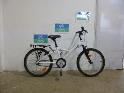 Vélo enfant B'TWIN- 20 pouces-60€
