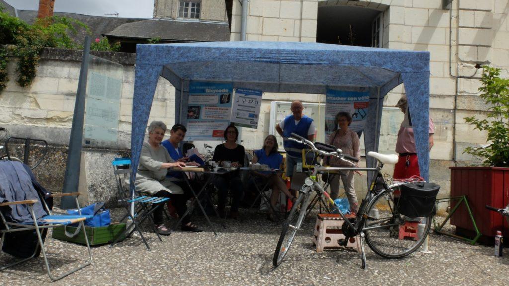 Le samedi 3 juillet 2021 à Beaulieu-lès-Loches eut lieu une séance de marquage de vélos avec le système Bicycode. Cette animation « Je protège mon vélo » était proposée par l'Antenne Loches Sud Touraine du Collectif Cycliste 37, en partenariat avec la commune de Beaulieu-lès-Loches.