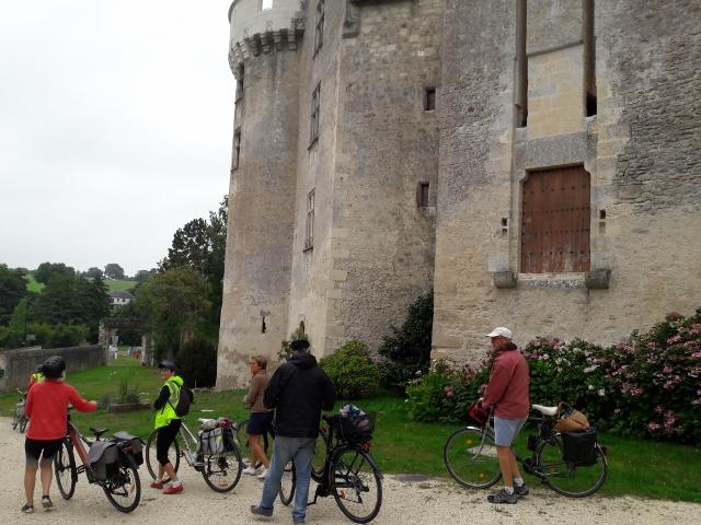 Château fort de Betz-le-Château. @Photo : CC37.